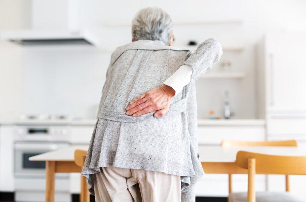 腰痛の原因を知り 自分に合った腰痛対策を見つけよう